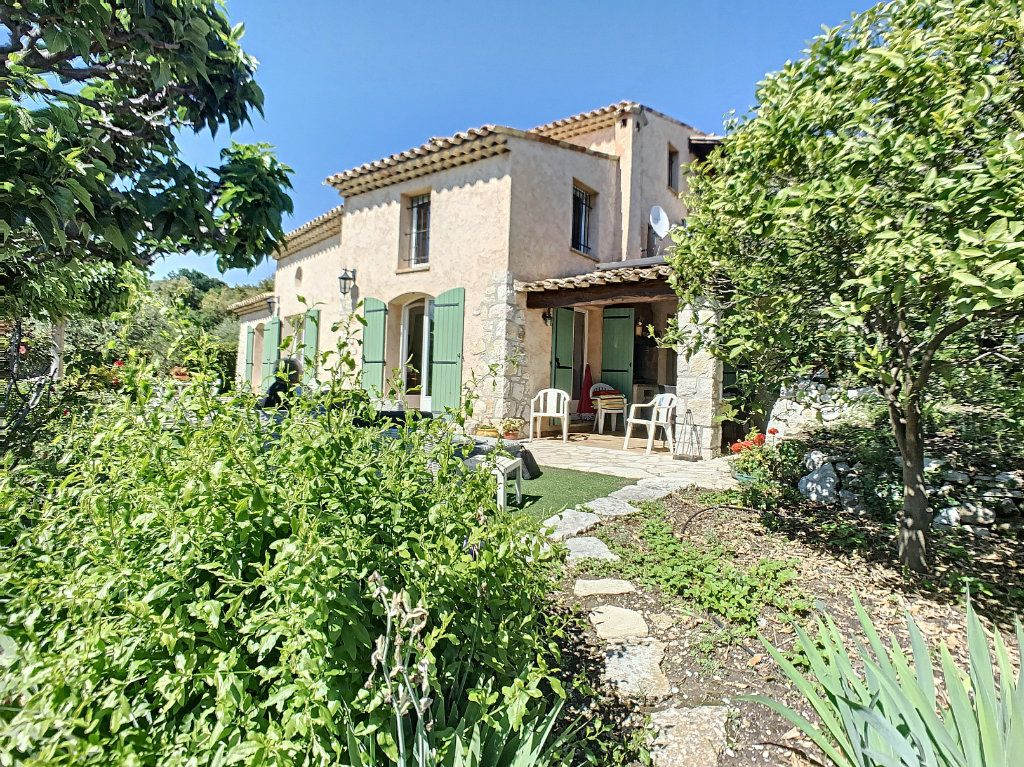 Maison à vendre 6 175m2 à La Gaude vignette-1