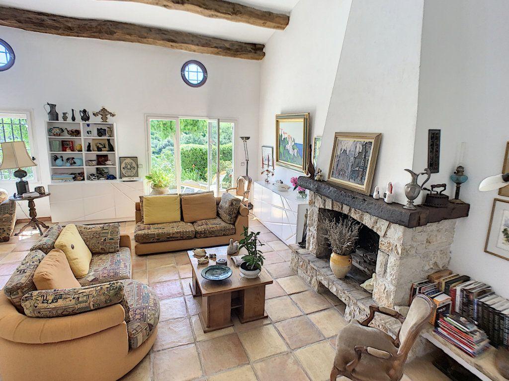 Maison à vendre 6 175m2 à La Gaude vignette-8