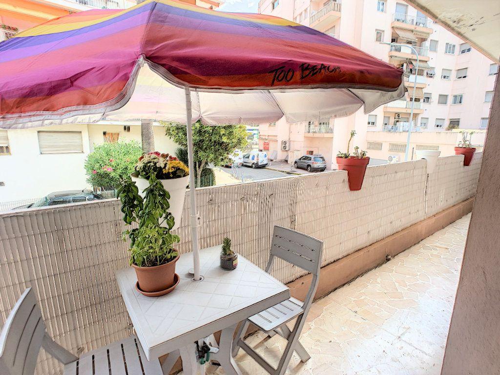 Appartement à vendre 2 45.8m2 à Cagnes-sur-Mer vignette-2
