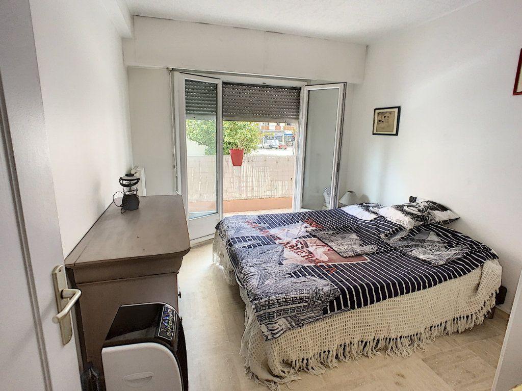 Appartement à vendre 2 45.8m2 à Cagnes-sur-Mer vignette-3