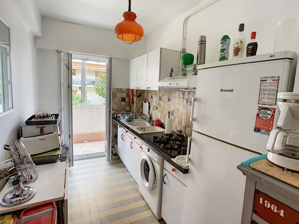 Appartement à vendre 2 45.8m2 à Cagnes-sur-Mer vignette-4