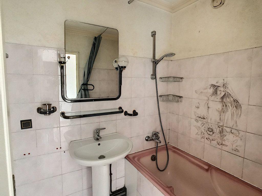 Appartement à vendre 3 66.1m2 à Villeneuve-Loubet vignette-8