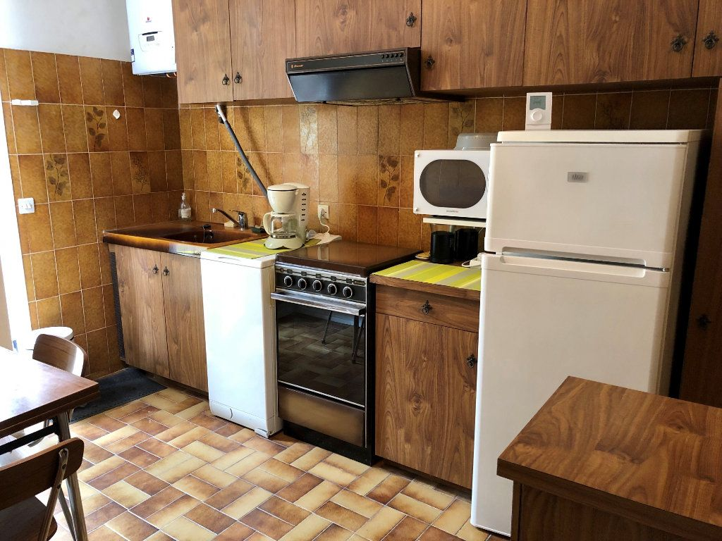Appartement à louer 3 42.3m2 à Cagnes-sur-Mer vignette-4