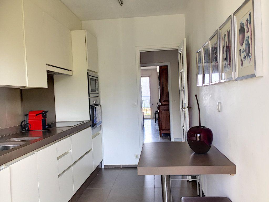 Appartement à louer 3 75m2 à Cagnes-sur-Mer vignette-3