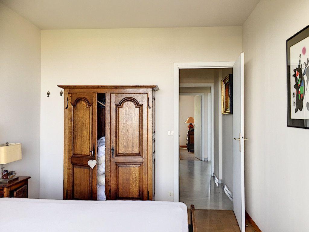 Appartement à louer 3 75m2 à Cagnes-sur-Mer vignette-5
