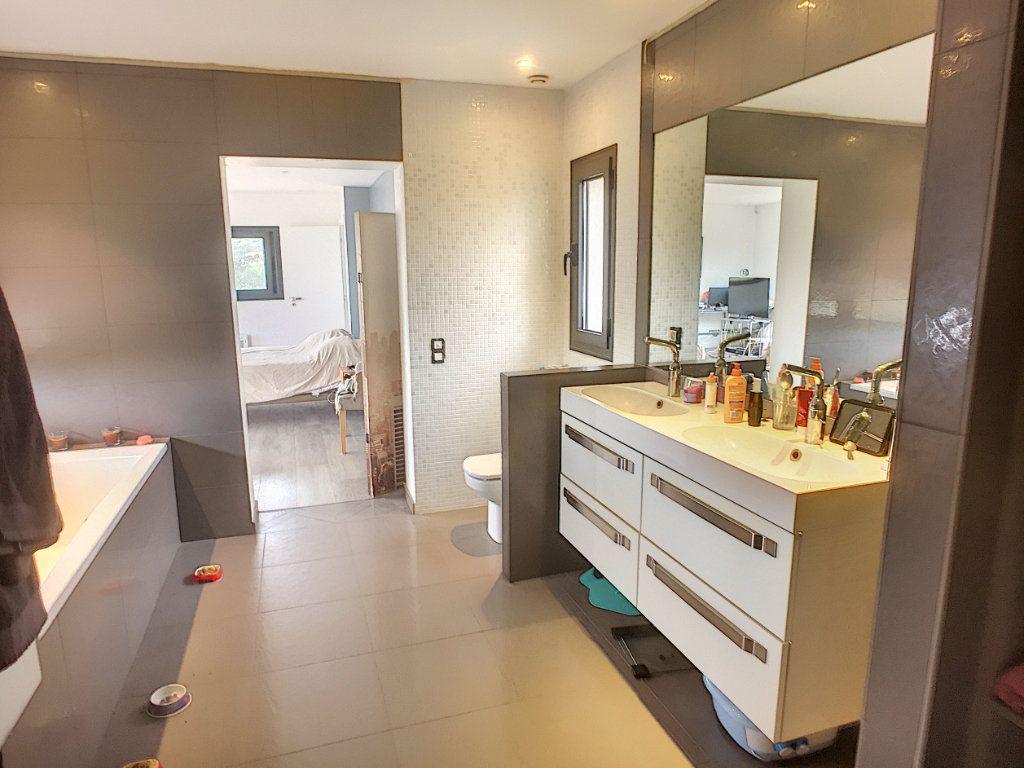 Maison à vendre 5 220m2 à Tourrettes-sur-Loup vignette-8