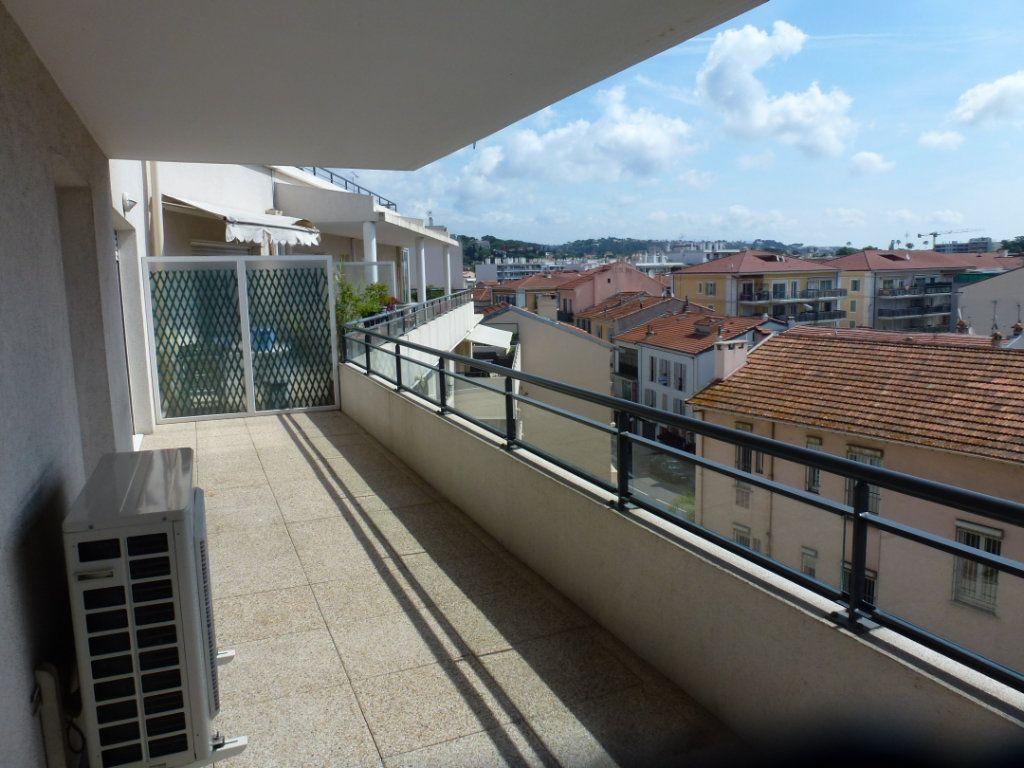 Appartement à vendre 3 54.3m2 à Cagnes-sur-Mer vignette-1
