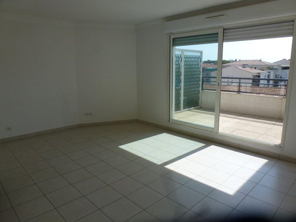 Appartement à vendre 3 54.3m2 à Cagnes-sur-Mer vignette-2
