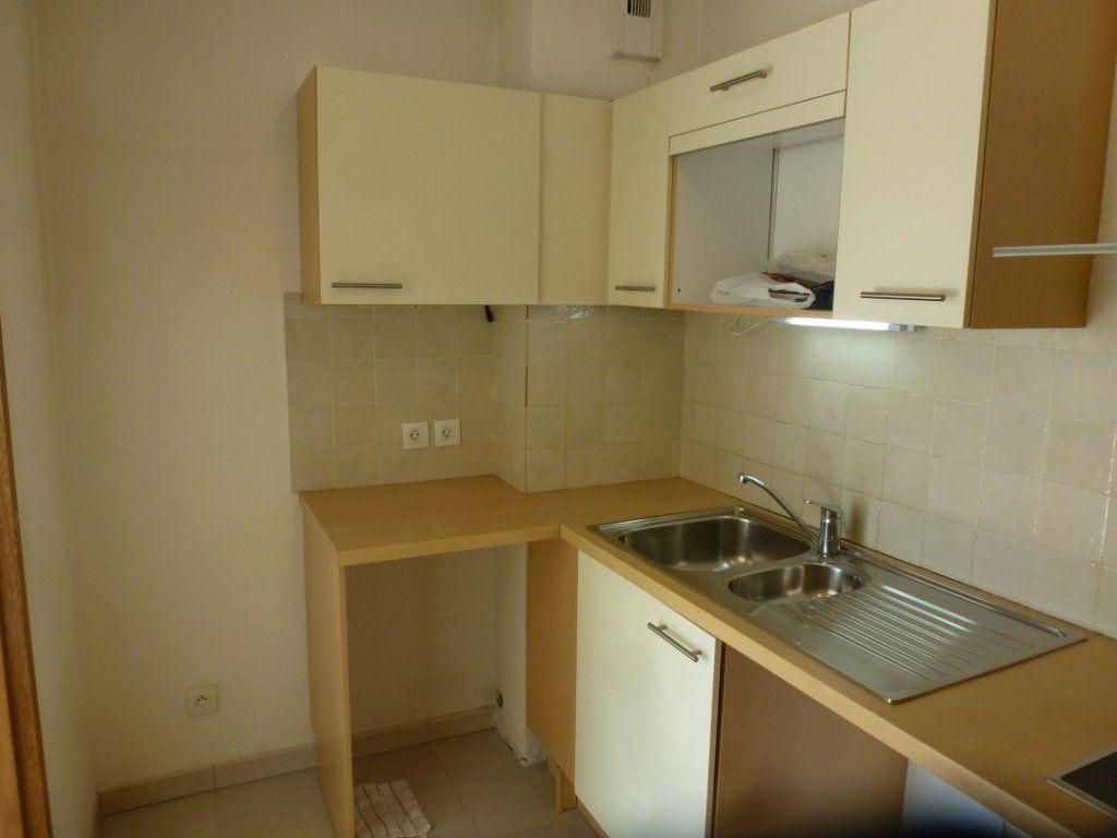 Appartement à vendre 3 54.3m2 à Cagnes-sur-Mer vignette-5