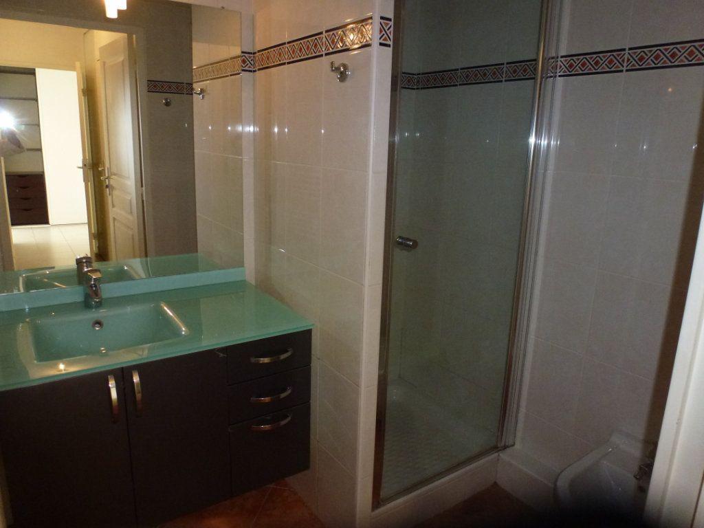 Appartement à vendre 3 54.3m2 à Cagnes-sur-Mer vignette-7