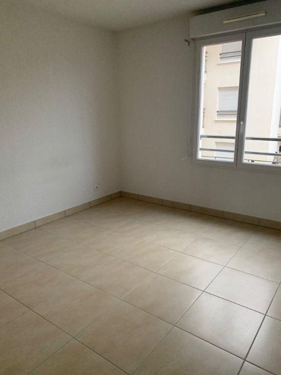Appartement à louer 3 60.7m2 à Cagnes-sur-Mer vignette-5