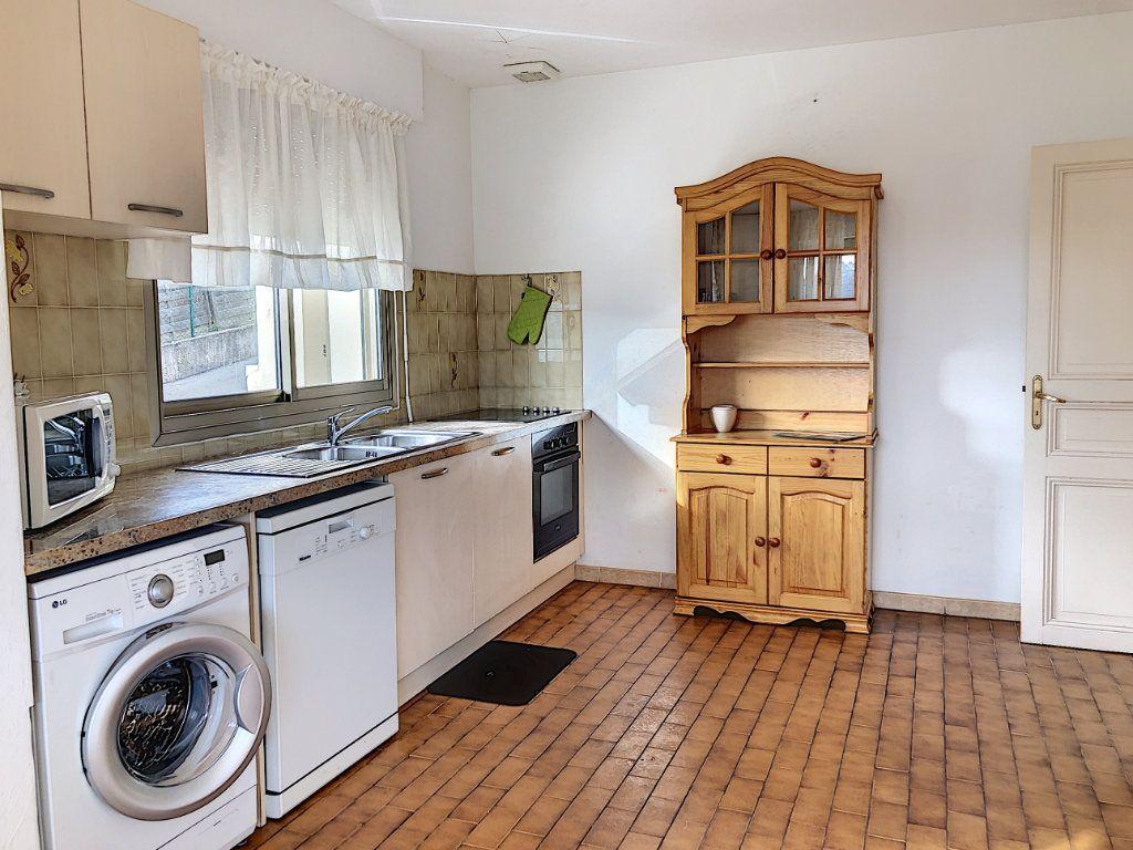 Maison à louer 3 115m2 à La Colle-sur-Loup vignette-5