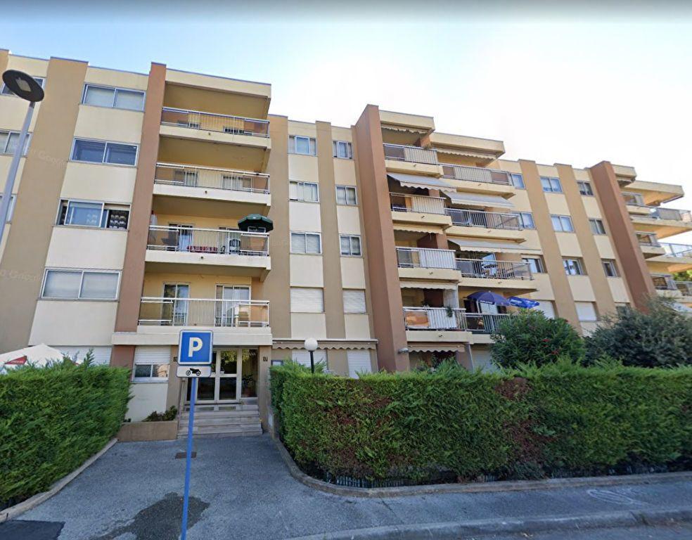 Appartement à louer 1 28.5m2 à Cagnes-sur-Mer vignette-5