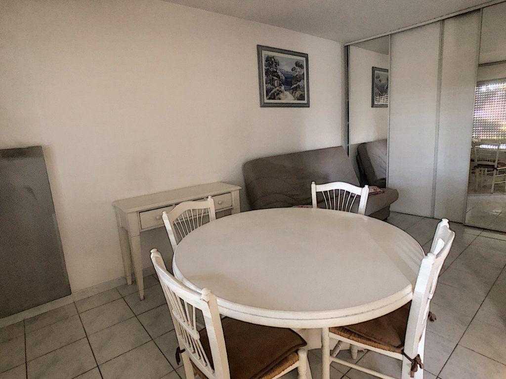 Appartement à louer 1 29m2 à Cagnes-sur-Mer vignette-3