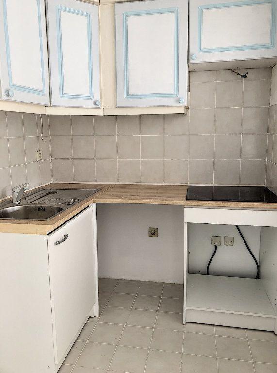 Appartement à louer 1 33.99m2 à Cagnes-sur-Mer vignette-2