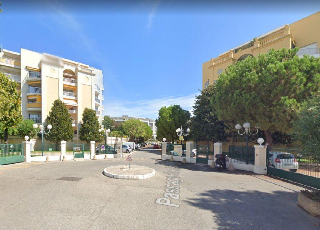 Appartement à louer 1 33.99m2 à Cagnes-sur-Mer vignette-8