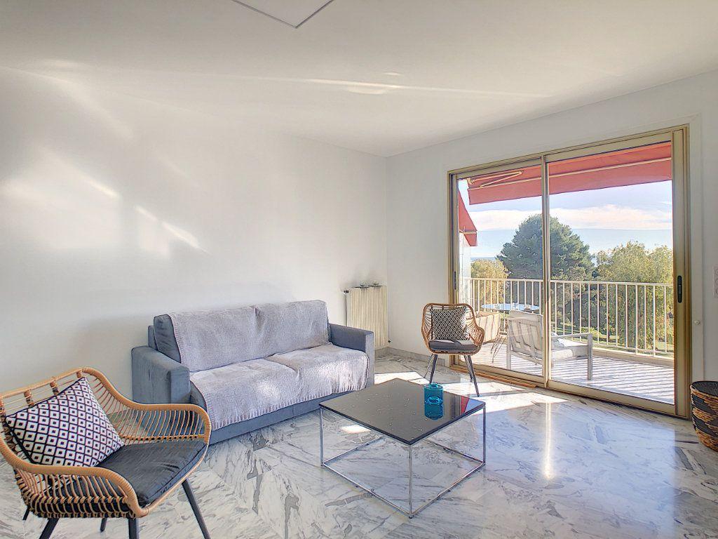 Appartement à louer 2 63.68m2 à Cagnes-sur-Mer vignette-2