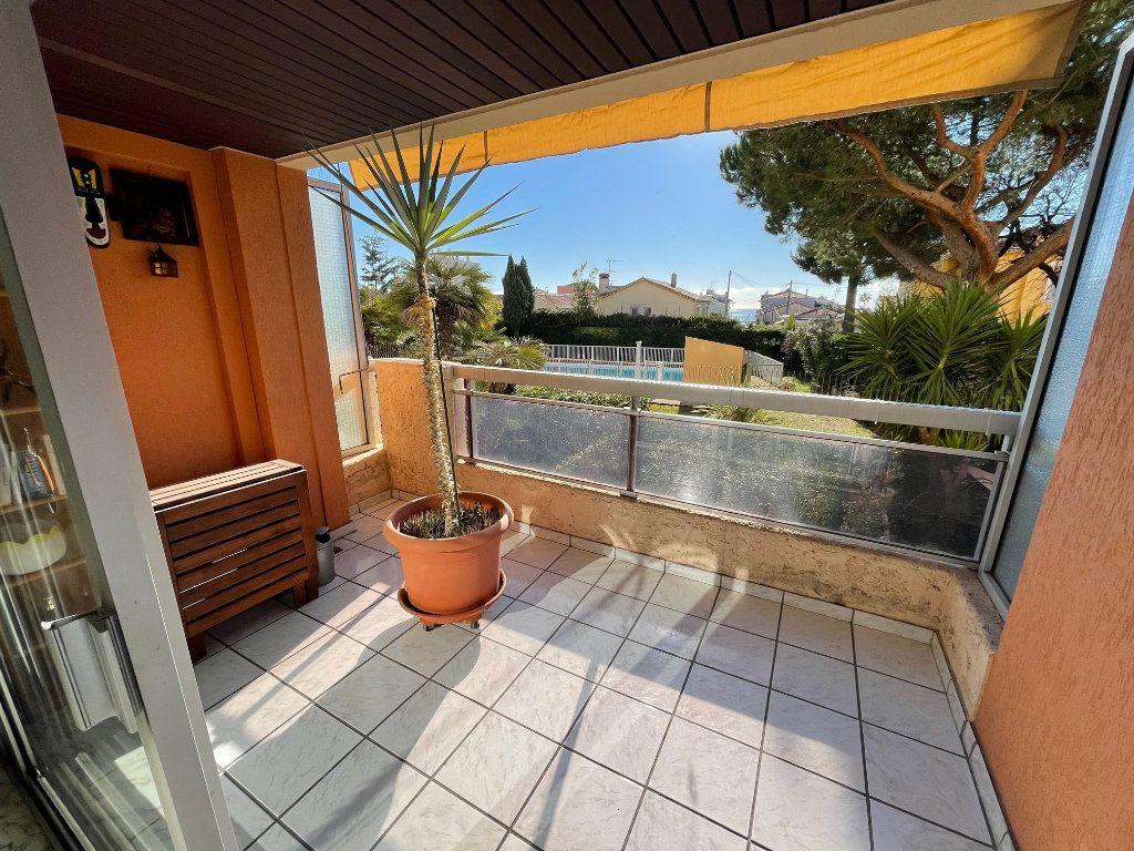 Appartement à vendre 3 73m2 à Cagnes-sur-Mer vignette-1