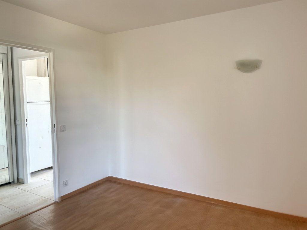 Appartement à vendre 3 66m2 à Cagnes-sur-Mer vignette-4