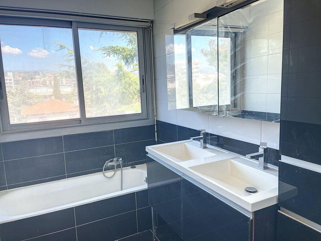 Appartement à vendre 3 66m2 à Cagnes-sur-Mer vignette-5