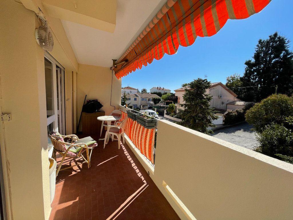 Appartement à vendre 4 74.3m2 à Cagnes-sur-Mer vignette-1