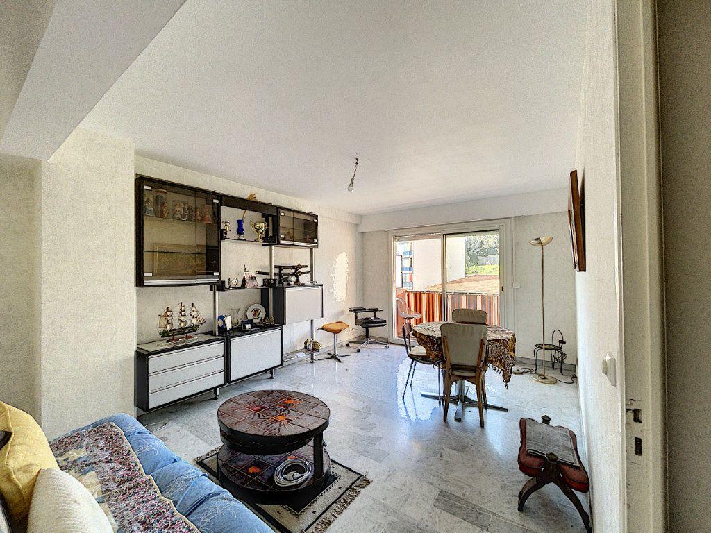 Appartement à vendre 3 63.16m2 à Cagnes-sur-Mer vignette-3