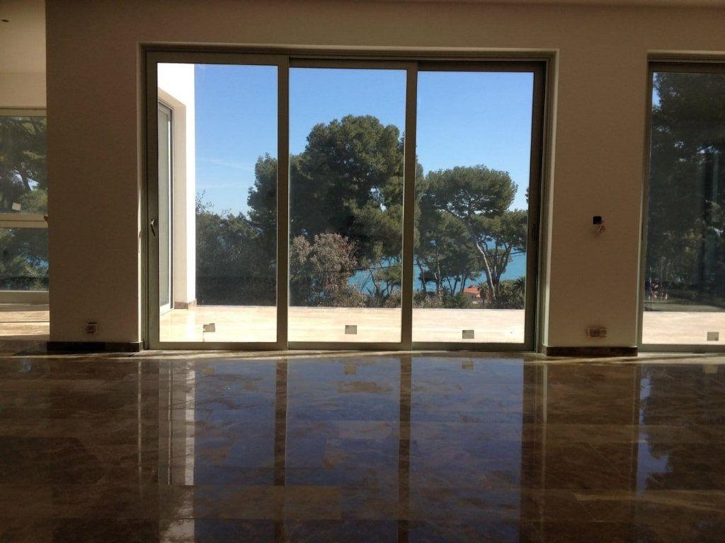 Maison à vendre 7 200m2 à Antibes vignette-6