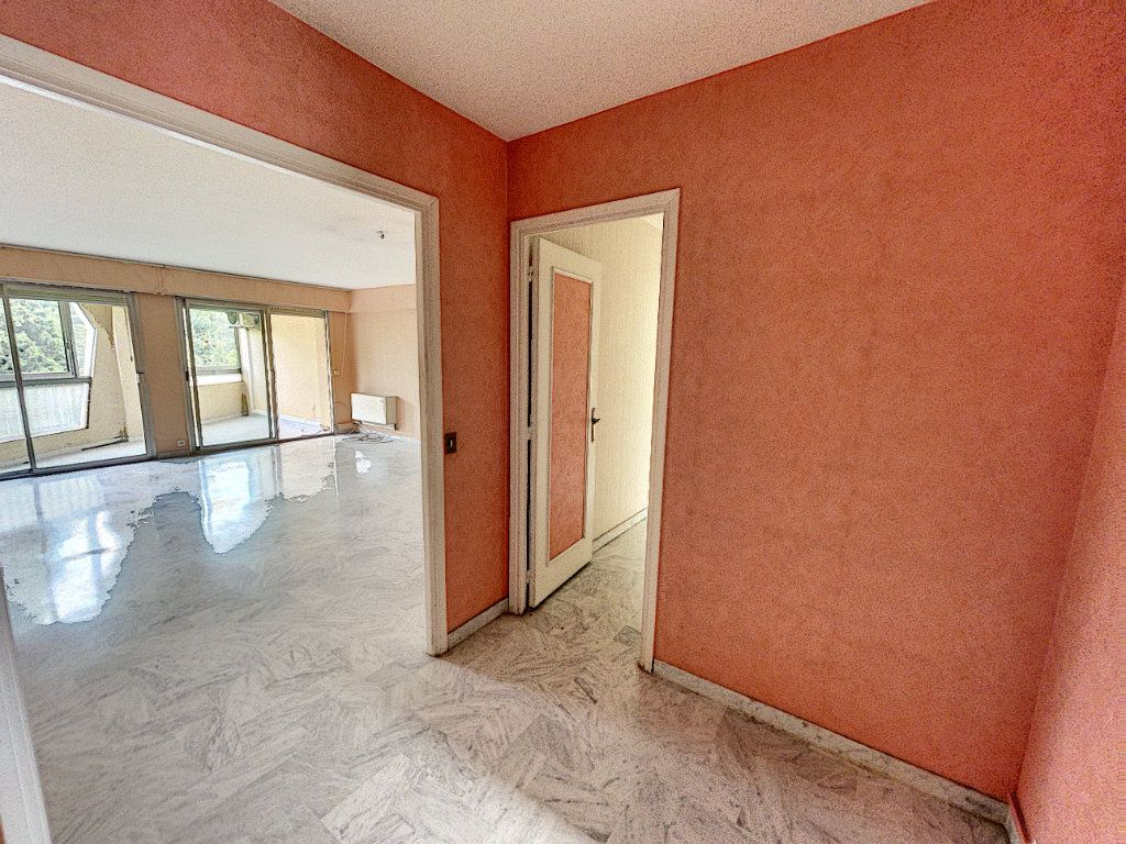Appartement à vendre 4 97.89m2 à Cagnes-sur-Mer vignette-2