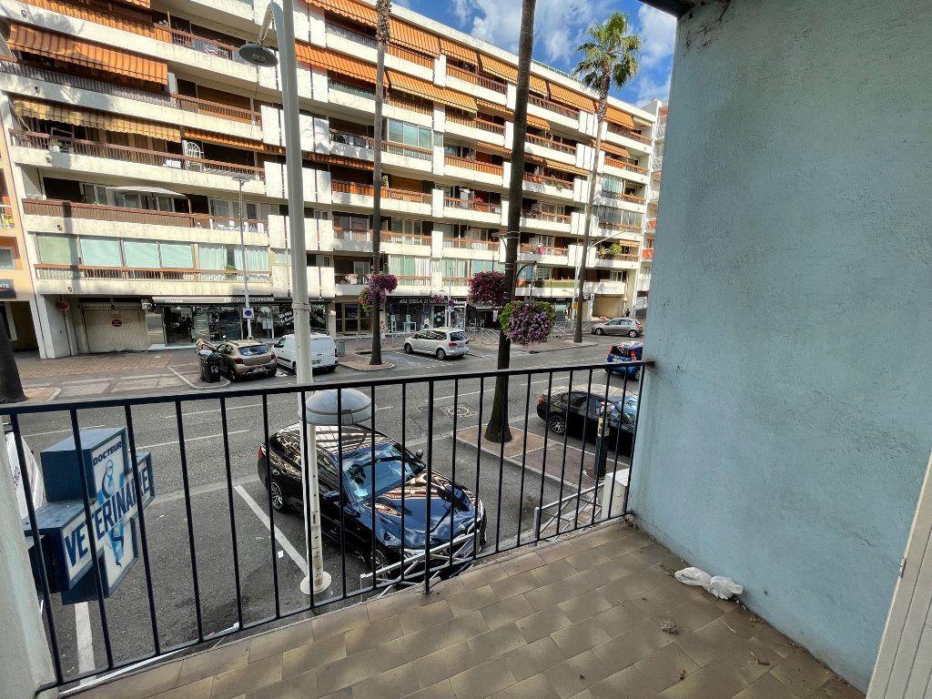 Appartement à vendre 3 54m2 à Cagnes-sur-Mer vignette-1