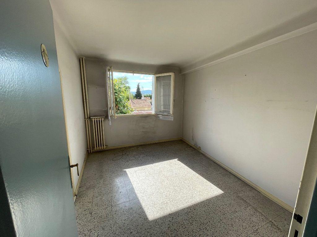 Appartement à vendre 3 54m2 à Cagnes-sur-Mer vignette-4
