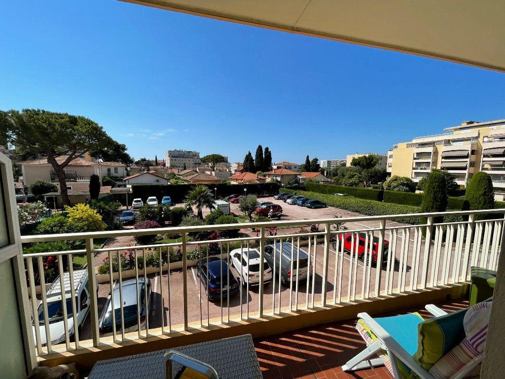Appartement à vendre 1 33.23m2 à Cagnes-sur-Mer vignette-1