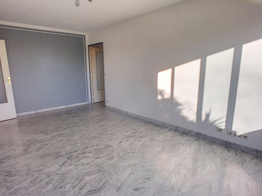 Appartement à vendre 2 52m2 à Cagnes-sur-Mer vignette-7