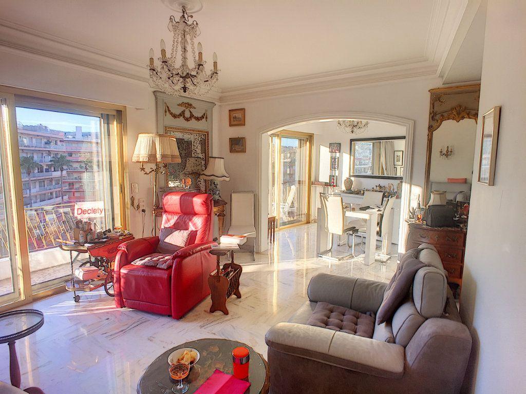 Appartement à vendre 4 81m2 à Cagnes-sur-Mer vignette-1