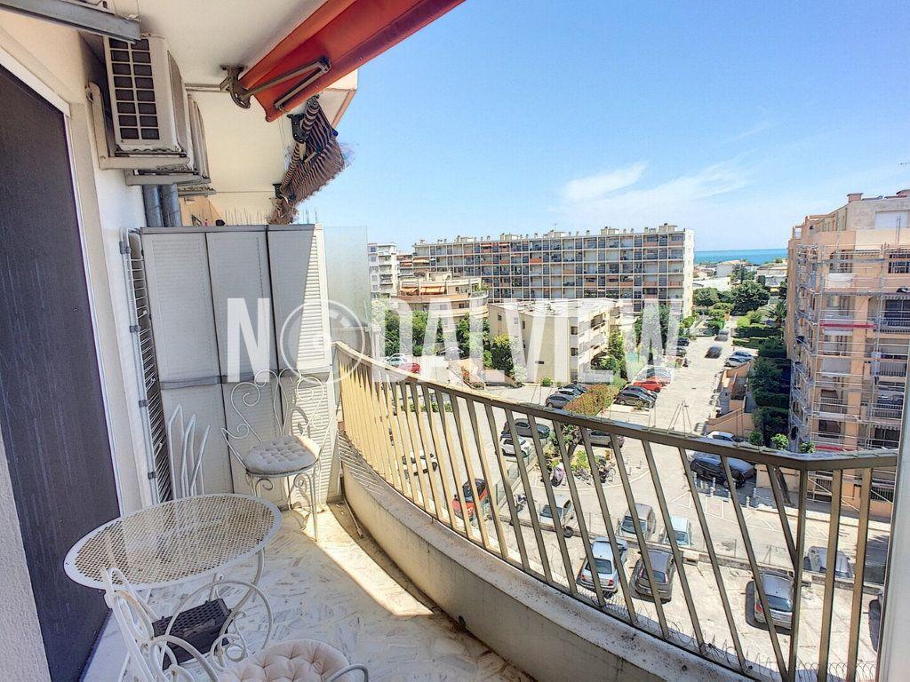 Appartement à vendre 4 81m2 à Cagnes-sur-Mer vignette-4