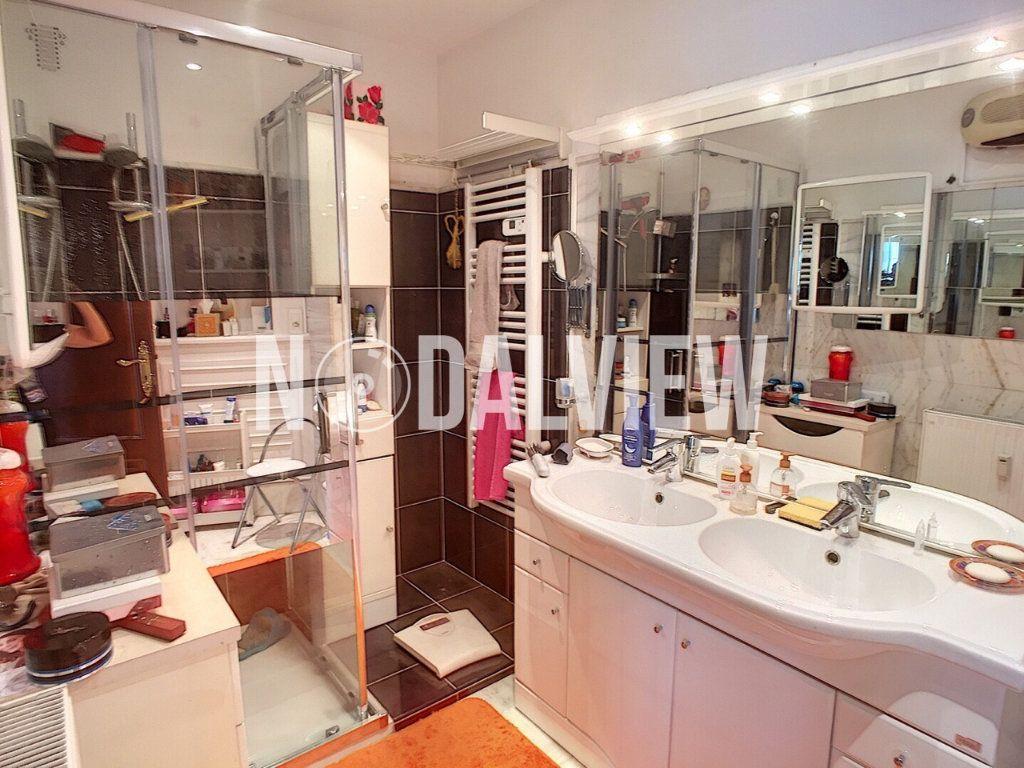 Appartement à vendre 4 81m2 à Cagnes-sur-Mer vignette-8