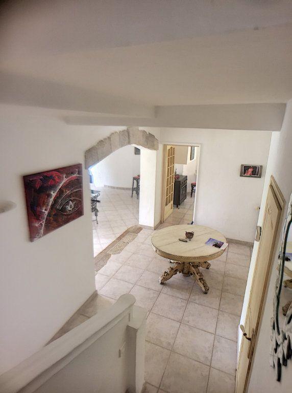 Maison à vendre 6 167m2 à Gréolières vignette-9