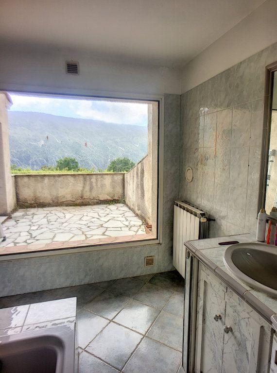 Maison à vendre 6 167m2 à Gréolières vignette-10