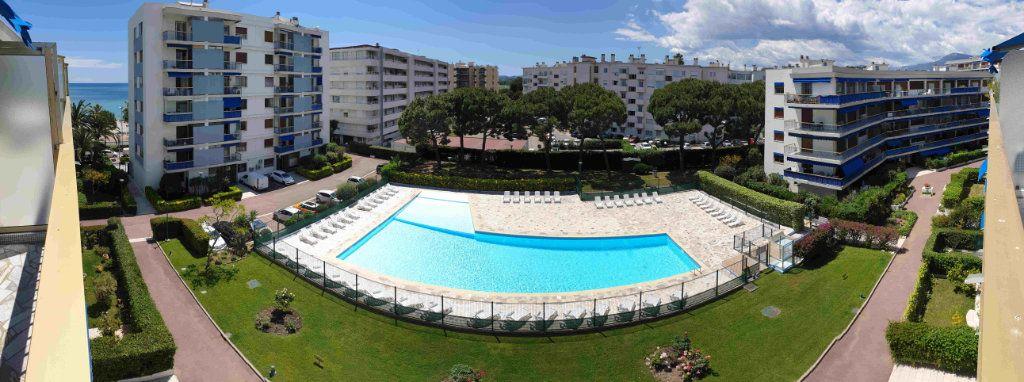 Appartement à vendre 4 94m2 à Cagnes-sur-Mer vignette-6