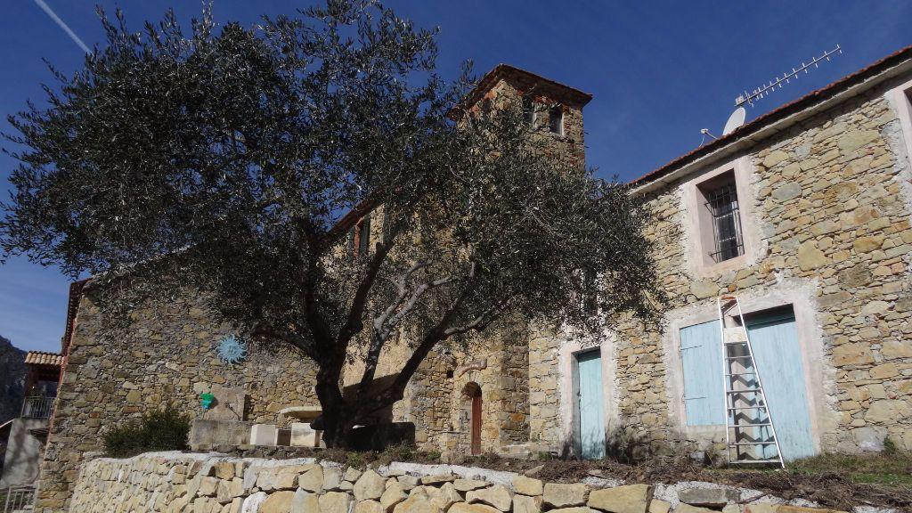 Maison à vendre 15 700m2 à Roquestéron-Grasse vignette-1