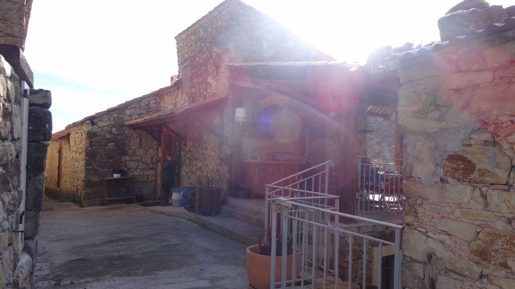 Maison à vendre 15 700m2 à Roquestéron-Grasse vignette-15