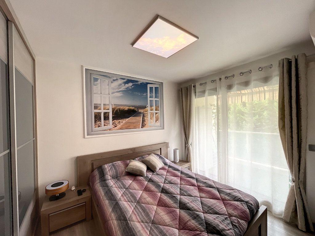 Appartement à vendre 2 46.45m2 à Cagnes-sur-Mer vignette-6