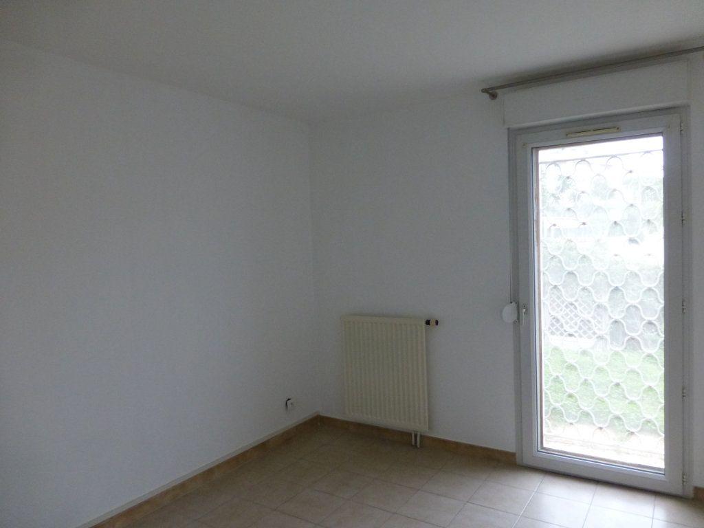 Appartement à vendre 3 64.37m2 à Saint-Laurent-du-Var vignette-6