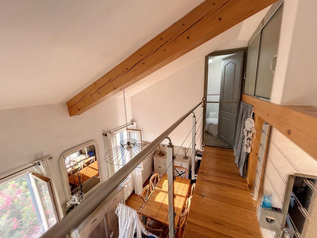 Maison à louer 3 42m2 à Cagnes-sur-Mer vignette-6