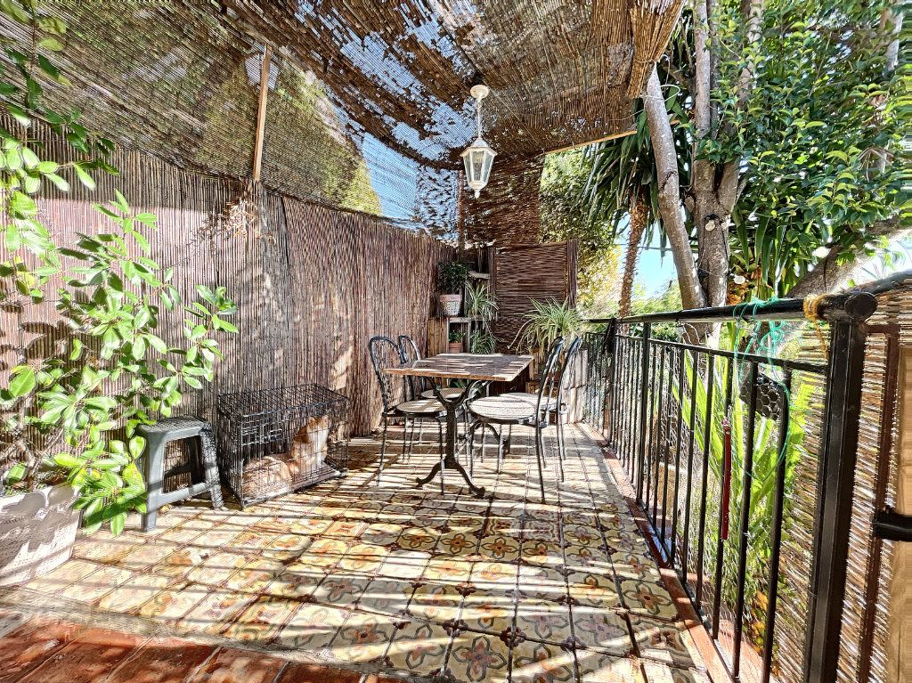 Maison à louer 3 42m2 à Cagnes-sur-Mer vignette-7