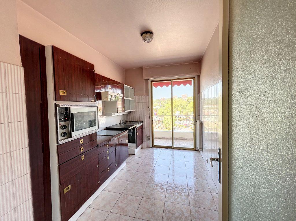 Appartement à louer 2 54m2 à Cagnes-sur-Mer vignette-4