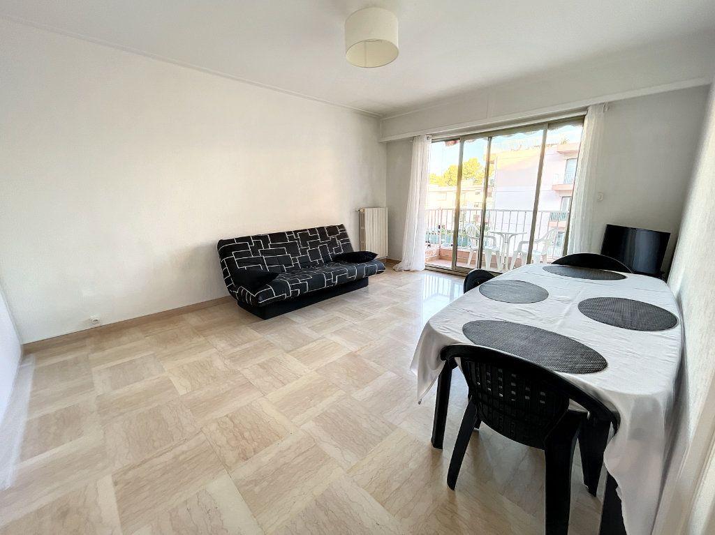 Appartement à louer 1 35.96m2 à Cagnes-sur-Mer vignette-3