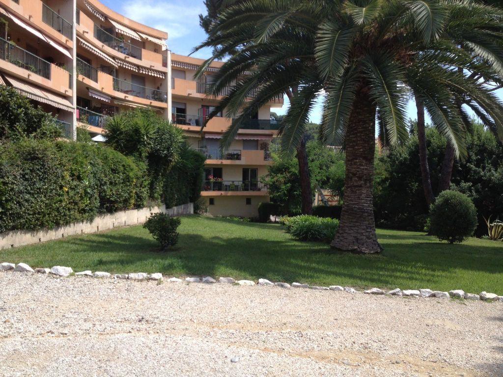 Appartement à louer 2 56m2 à Cagnes-sur-Mer vignette-1