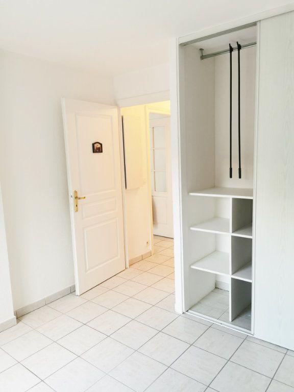 Appartement à louer 2 46m2 à Fréjus vignette-5