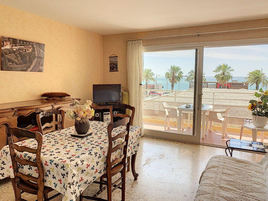 Appartement à vendre 2 47m2 à Fréjus vignette-2
