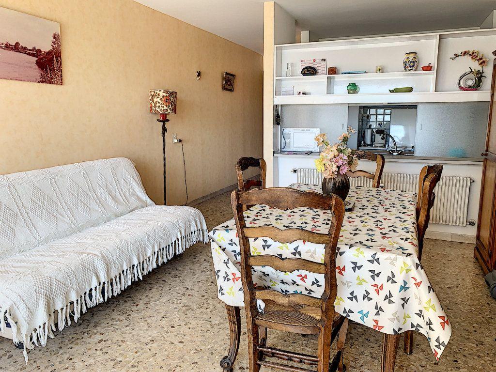 Appartement à vendre 2 47m2 à Fréjus vignette-3